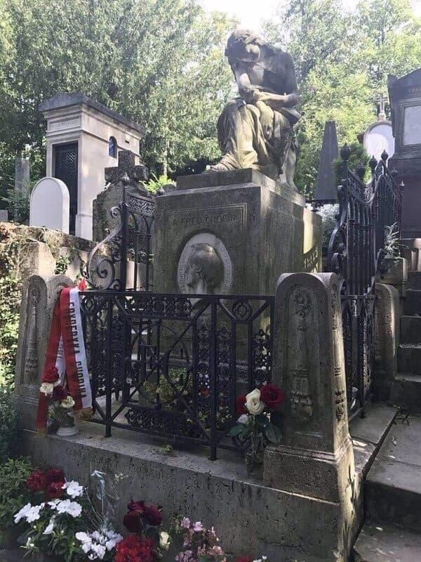 Paris guides: visiting the Père Lachaise cemetery | kasiawrites