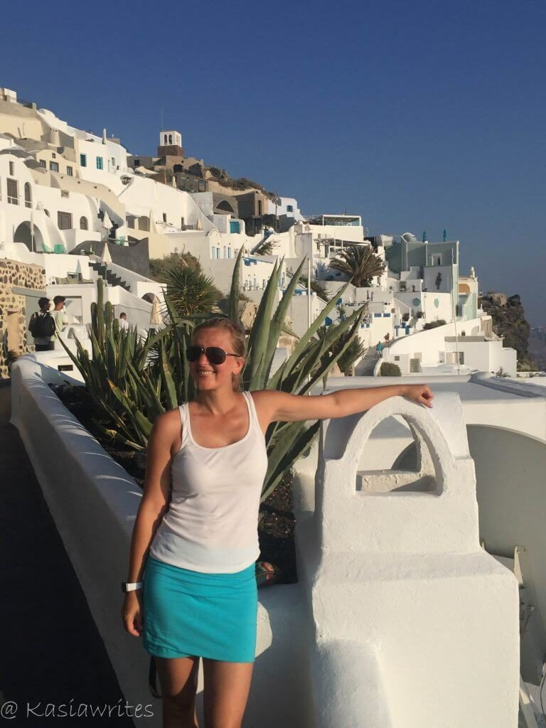 Mykonos or Santorini? What you need to know | kasiawrites cultural travel