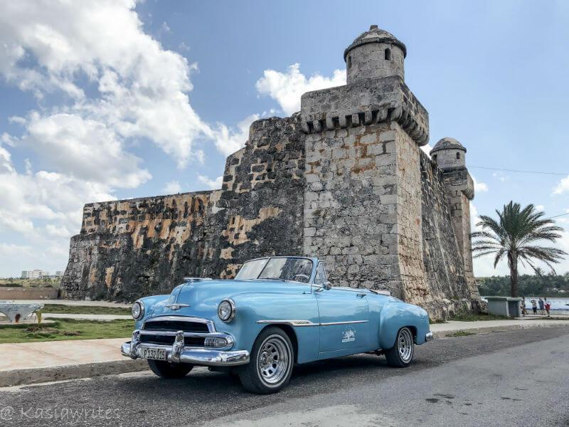 Vintage car tours Havana: in footsteps of Ernest Hemingway in Cuba | kasiawrites