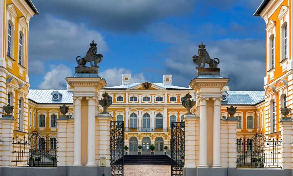 A Day Trip To Rundale Palace: The Versailles Of Latvia