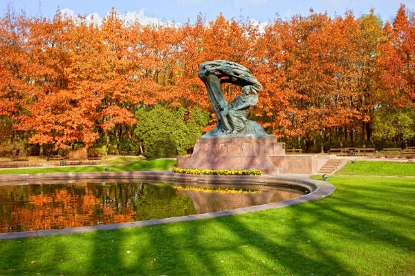 Chopin statue in a park in Warsaw
